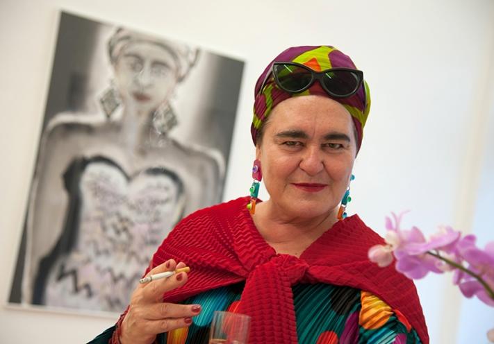 Frankfurter-Kunstkabinett-Hanna-Bekker-von-Rath-seit-1947-Künstlerin-Elvira-Bach-bw_20120831_5969