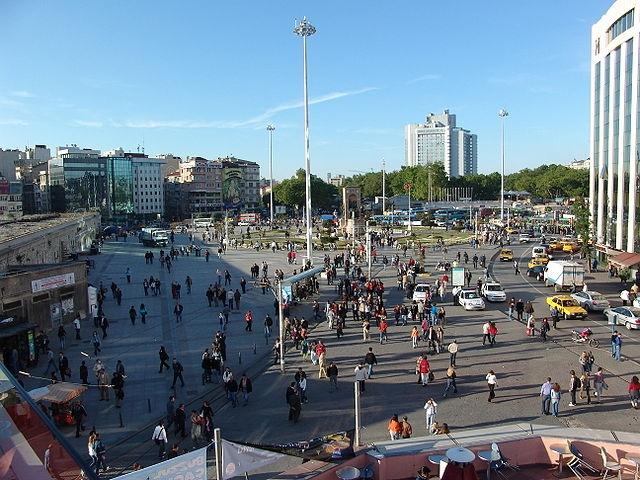 640px-TaksimSquareIstanbul