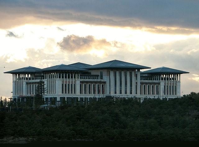 Ak_Saray_-_Presidential_Palace_Ankara_2014_002
