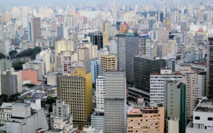 Sao_Paulo_skyscrapers-e1519341902137