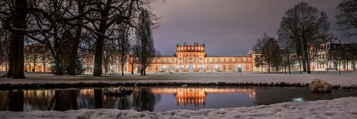 5vor4_Wiesbaden_Biebrich_Schloss_Leukel_Biernath